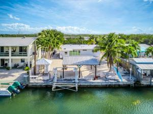 128 Shore Drive W, Summerland, FL 33042