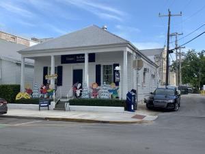 420 Fleming Street, KEY WEST, FL 33040