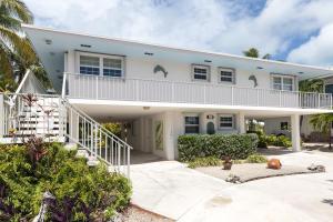 521 11Th Street, Key Colony, FL 33051