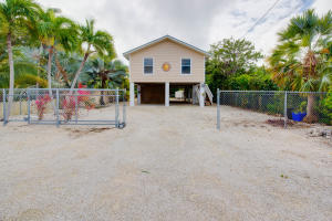 27018 Angelfish Road, Ramrod Key, FL 33042