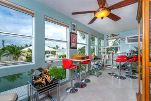 329 Anglers Drive N North, MARATHON, FL 33050