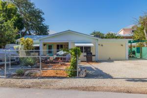 105 Parker Drive, Upper Matecumbe Key Islamorada, FL 33036
