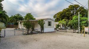 305 Lee Avenue, Key Largo, FL 33037