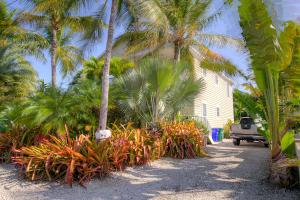 2104 Harris Avenue, Key West, FL 33040