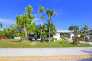 13 Palm Beach Drive, KEY LARGO, FL 33037