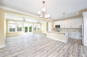 1561 Coral Court, Sugarloaf, FL 33042