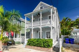 421 United Street, Key West, FL 33040