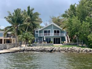 79 Shoreland Drive, KEY LARGO, FL 33037