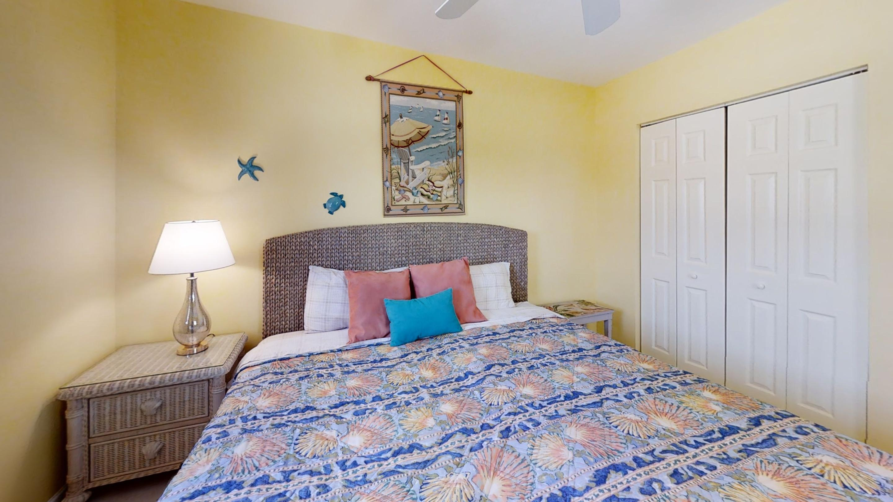 371-5th-St-Key-Colony-Beach-Bedroom (3)
