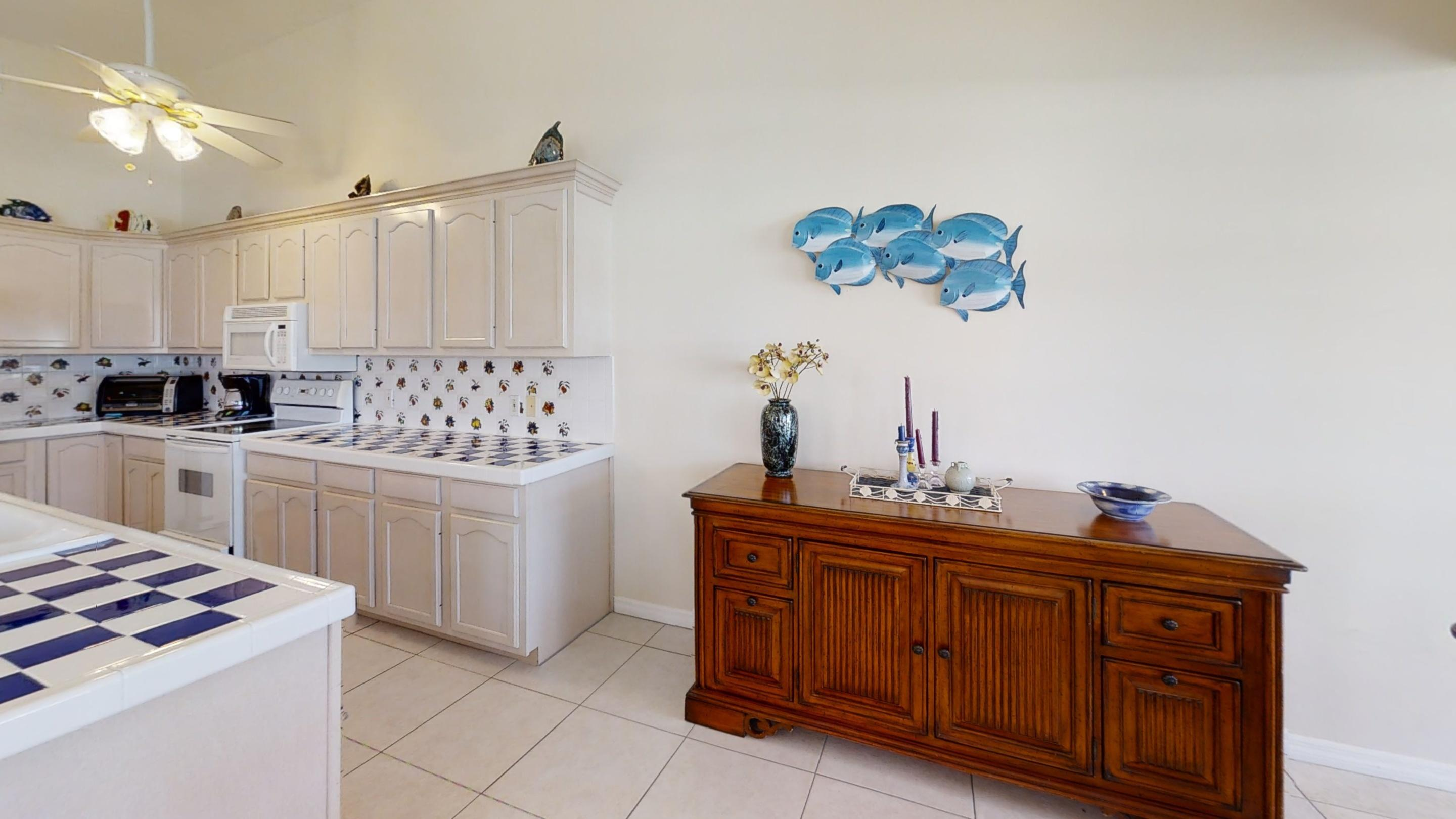 371-5th-St-Key-Colony-Beach-Kitchen