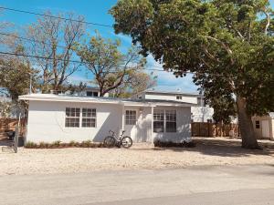 44 Orange Drive, KEY LARGO, FL 33037