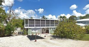 30 N Marlin Avenue, Key Largo, FL 33037