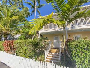 4 Kestral Way, Key West, FL 33040