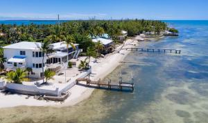 75051 Overseas Highway, Lower Matecumbe, FL 33036