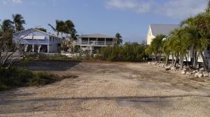 Martinique Lane, Ramrod Key, FL 33042