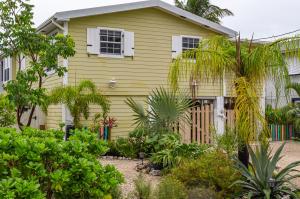 478 Blackbeard Road, Little Torch, FL 33042