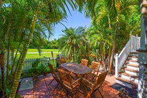 36 Kingfisher Lane, Key West, FL 33040