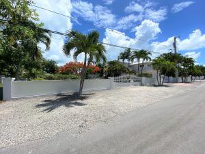 22937 Redfish Lane, Cudjoe, FL 33042