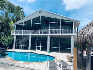 1521 Shaw Drive, Key Largo, FL 33037