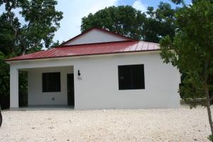 110 S Bay Harbor Drive, Key Largo, FL 33037