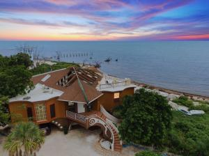 1557 Long Beach Drive, Big Pine Key, FL 33043