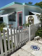 CONCH HOUSE FRONT DOOR