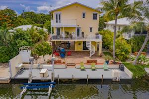 264 S Coconut Palm Boulevard, Plantation Key, FL 33070