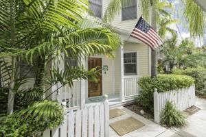 106 Admirals Lane, Key West, FL 33040