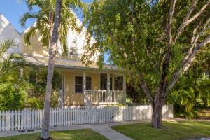 10 Whistling Duck Lane, Key West, FL 33040