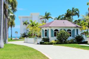 1025 W Ocean Drive, EAST, Key Colony, FL 33051