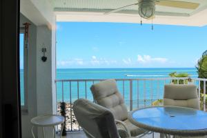 1025 W Ocean Drive, Penthouse West, Key Colony, FL 33051