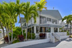 203 Ocean Drive, Plantation Key, FL 33070