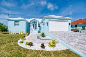 20833 W 4th Avenue, Cudjoe Key, FL 33042