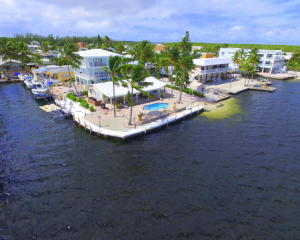 77 Gull Lane, Key Largo, FL 33037
