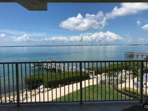 1133 W Ocean Drive, 22, Key Colony, FL 33051