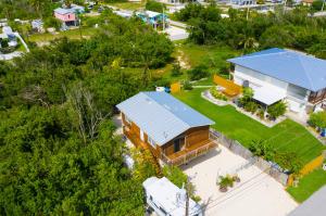 31353 Avenue E, Big Pine Key, FL 33043