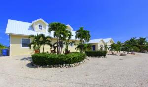 127 Marina Avenue, Key Largo, FL 33037