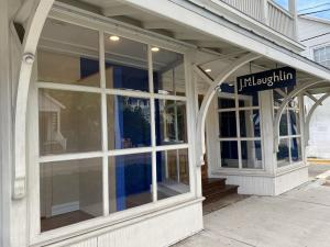 Excellent Opportunity to lease between 812sf - 3424sf of Commercial Lease Space on Caroline Street next to the Historic Seaport. Join the thriving & friendly business environment that Old Town has to offer, catering to a diversity of local dinning, shopping, specialty services. Ideal commercial storefront with large display windows. Included in rent quoted are monthly association fees, in addition are NNN charges and sales tax. Spaces Available: #718-A ~1331sf / #720-A ~1281sf / #720-B ~812sf (if units are combined ~3424sf with two parking spaces)