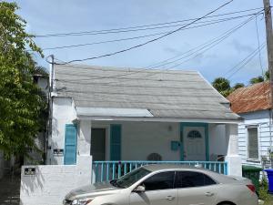 927  Catherine Street  For Sale, MLS 592856