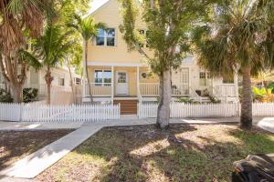 4 Kingfisher Lane, Key West, FL 33040