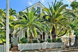 616 Caroline Street, 4, Key West, FL 33040