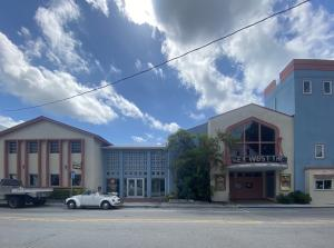 Hard to find small office space available in Old Town! Freshly updated professional offices of various sizes from 85sf-290sf starting at $550+ per month. Join the friendly business environment at Key West Theater catering to local small business owners. Wifi, electric and water included, sales tax is in addition to the monthly rent quoted.