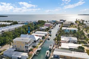 90 Coral Way, Key Largo, FL 33037