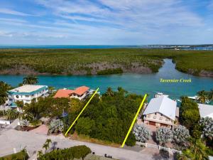224 Tide Avenue, Plantation Key, FL 33070