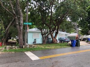 82663 Old Highway, Upper Matecumbe Key Islamorada, FL 33036