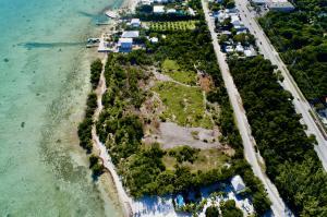 82900 Old Highway, Upper Matecumbe Key Islamorada, FL 33036