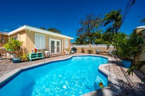 905 18th, Key West, FL 33040