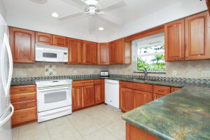 220 W Seaview Circle  For Sale, MLS 594865