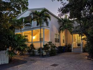 1030 Sandys Way, Key West, FL 33040