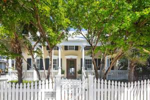 513  William Street  For Sale, MLS 595310